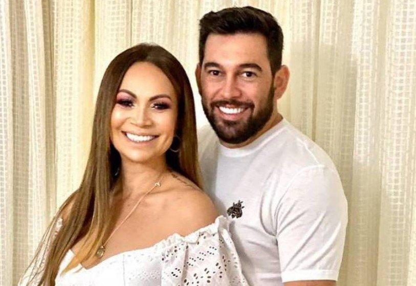 Solange Almeida e Leandro Adriani