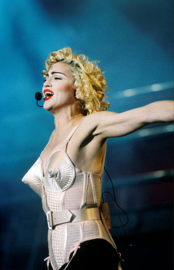 Madonna Blond Ambition World Tour