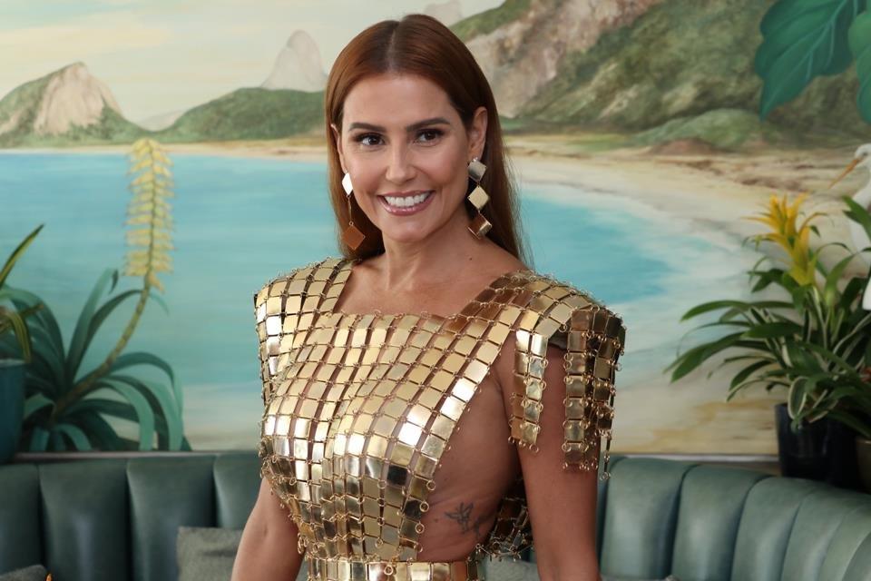 A atriz Deborah Secco (Foto: reprodução)