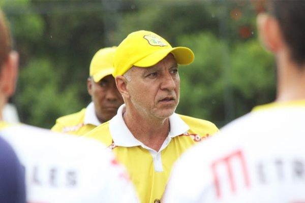 Marcio Fernandes, técnico do Brasiliense