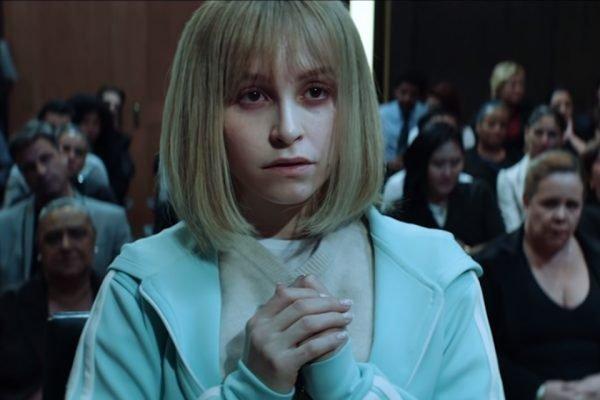 Suzanne Von Richthofen (Carla Diaz) no tribunal