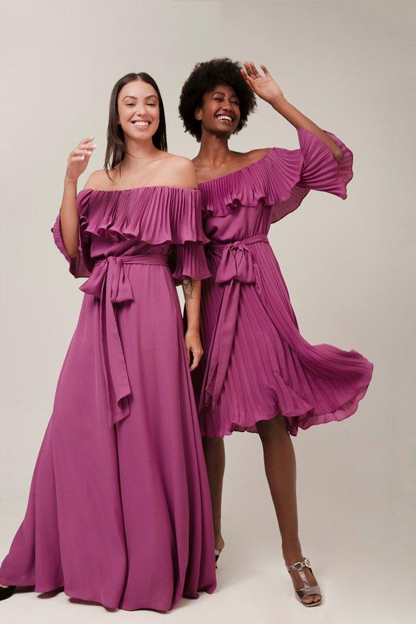 Mulheres com vestidos