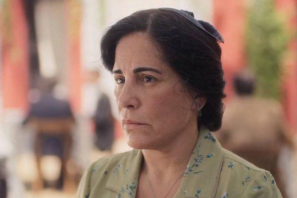 Lola (Gloria Pires) na novela Éramos Seis