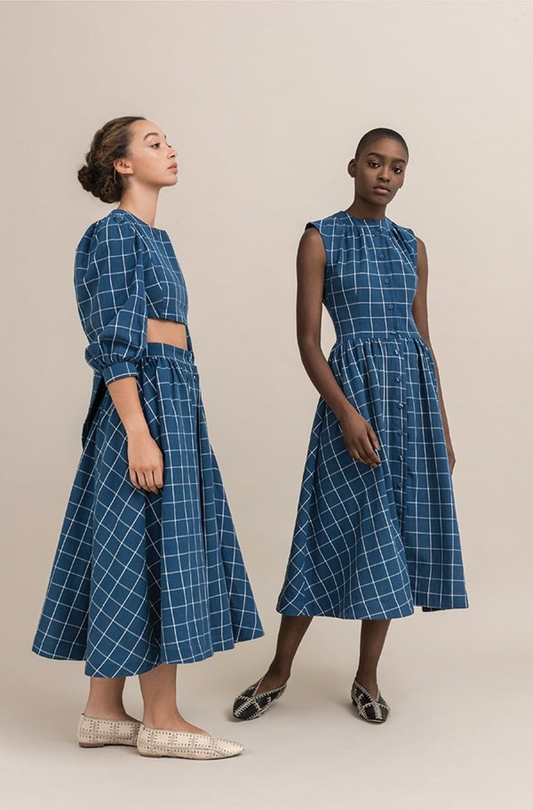 Modelos com vestidos da Sindiso Khumalo