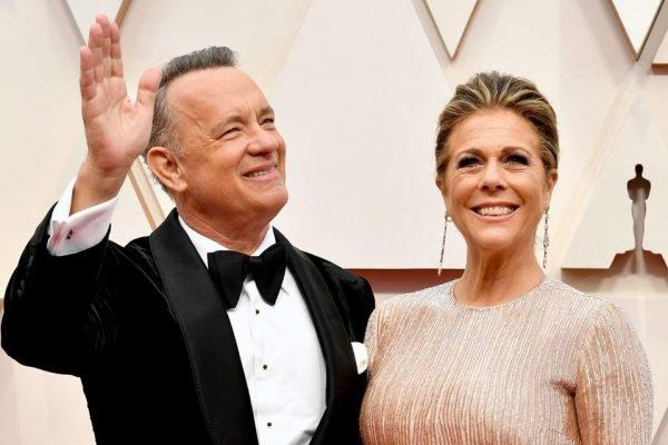 Tom Hanks e Rita Wilson na chegada do Oscar de 2020