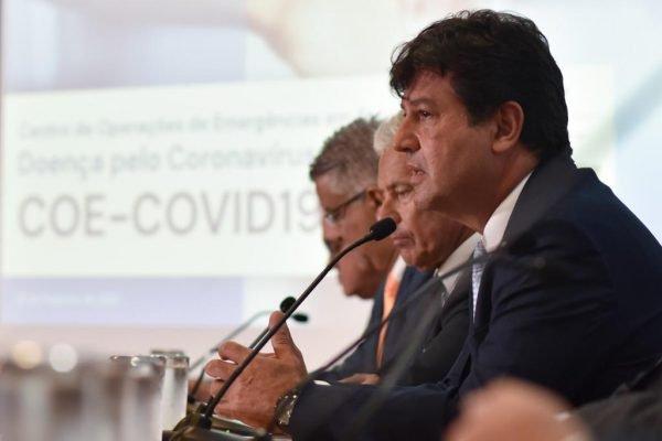 Ministro da Saúde, Luiz Henrique Mandetta, em entrevista sobre o coronavírus