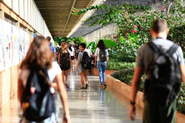ICC da Universidade de Brasília: pauta de coronavírus