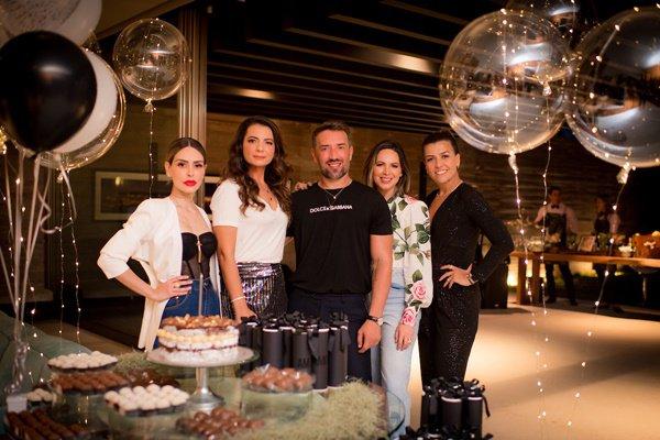 Anna Carolina Noronha, Tati Mauriz, André Monjardim, Fabiana Ortega e Margot Albuquerque