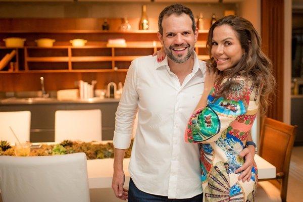 Arnaldo Pinho e Regina Abreu