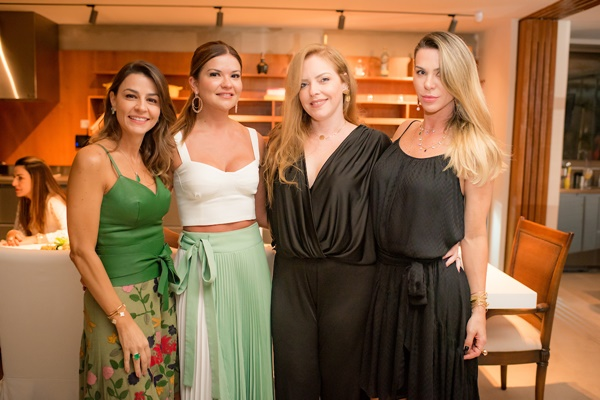 Juliana Estrela, Lorena Furtado, Raquel Portela e Sylvia Lacerda