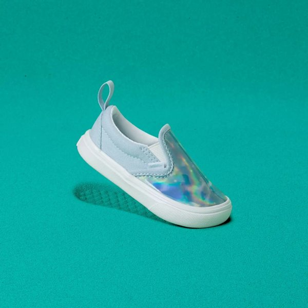 Tênis da Vans, modelo Slip-On, para bebês, com efeito holográfico