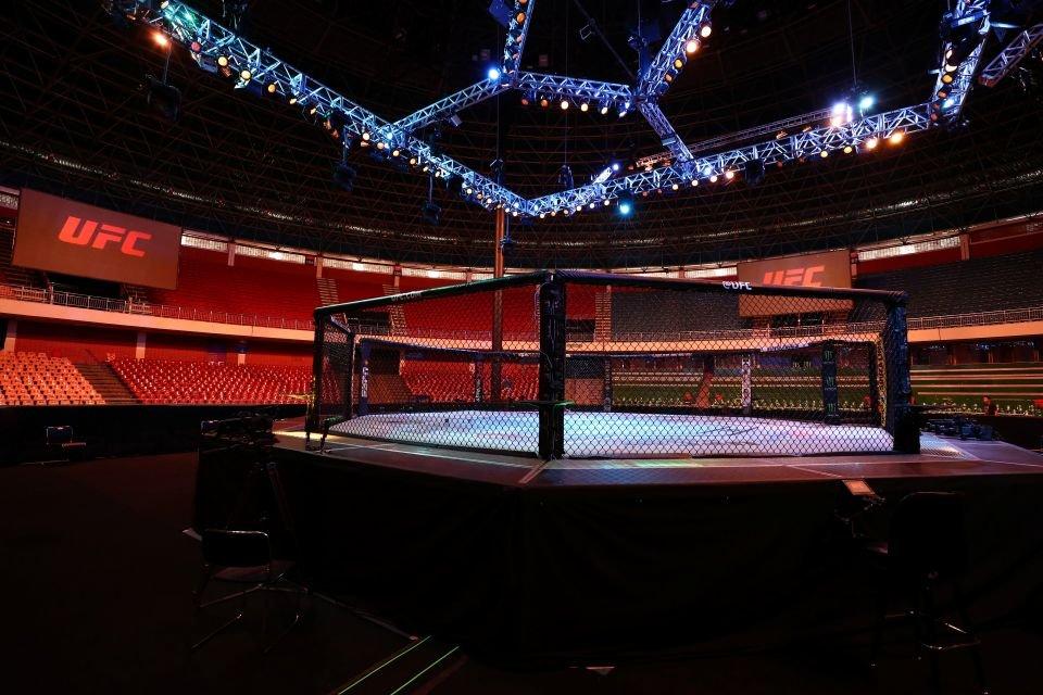 Terceira edição do UFC Brasília teve arquibancadas vazias por conta do coronavírus