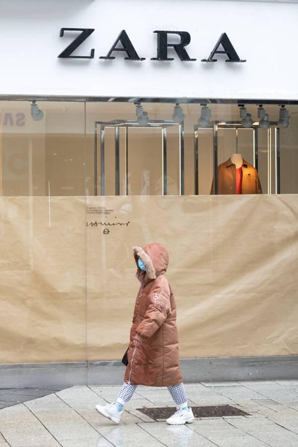loja da Zara fechada