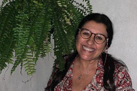 Regina Casé de Lourdes, personagem em Amor de Mãe