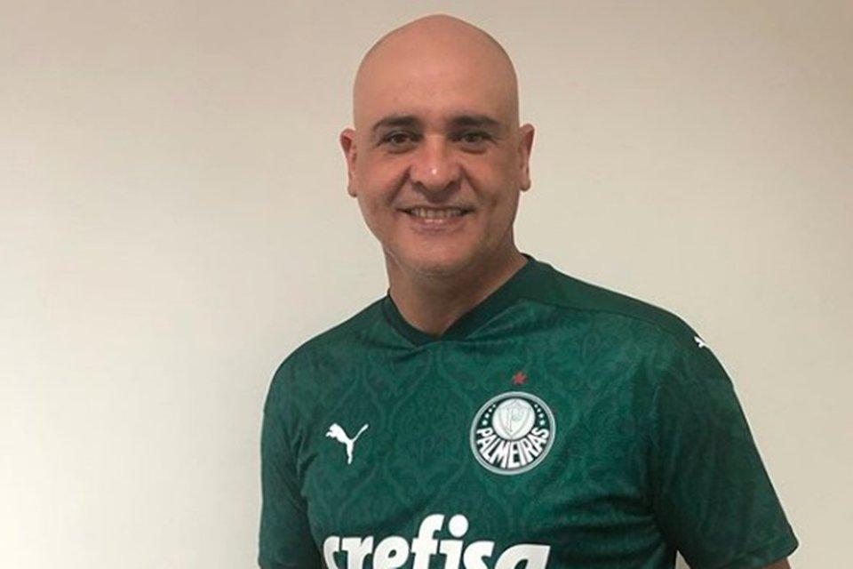 Marcos com a camisa do Palmeiras