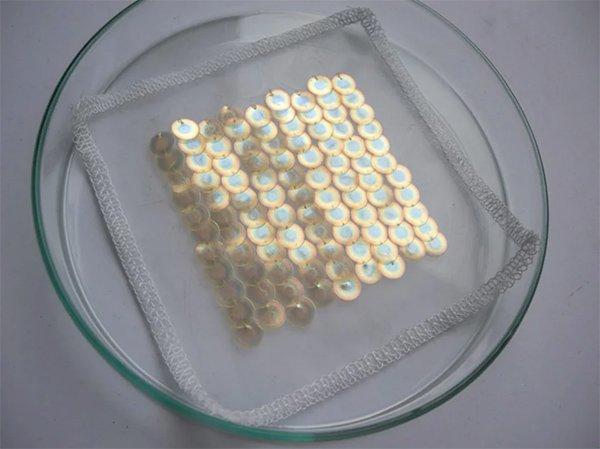 Tecido com aplicações em paetê