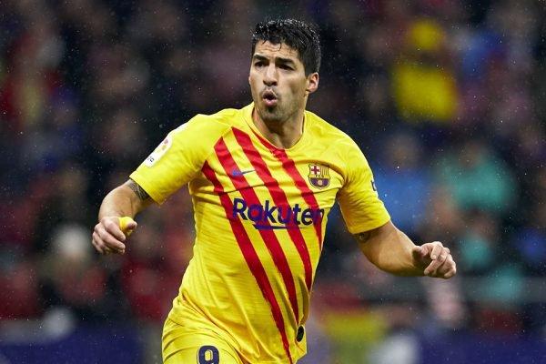 Luis Suárez com a segunda camisa do Barcelona