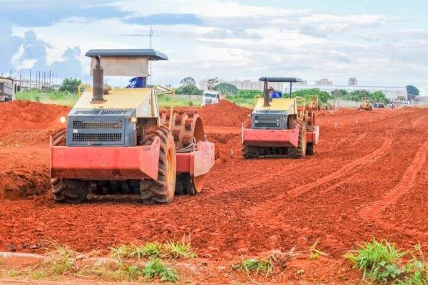 As obras seguem em ritmo acelerado; urbanização, infraestrutura e mobilidade urbana vão beneficiar cinco Áreas de Desenvolvimento Econômico (ADEs) do DF. Na foto as ADEs de Materiais de Construção e Setor de Indústrias (Ceilândia)Foto: Joel Rodrigues / Agência Brasília