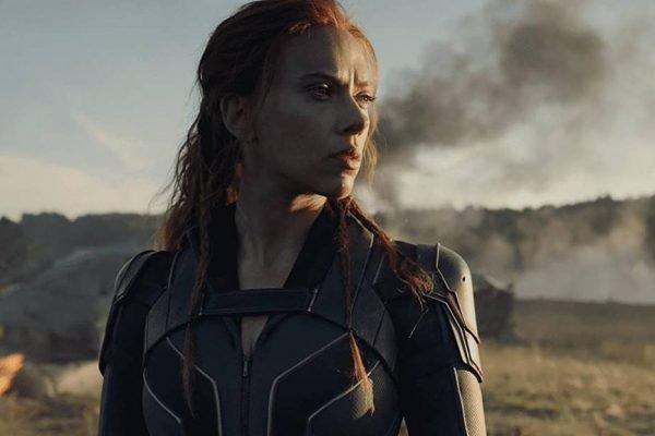 Scarlett Johansson no filme Viúva Negra