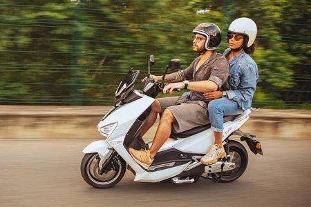 EV1, primeiro scooter elétrico à venda da Voltz Motors, promete ser opção econômica para o trânsito urbano