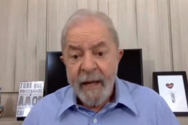 Ex-presidente Lula concede entrevista virtual
