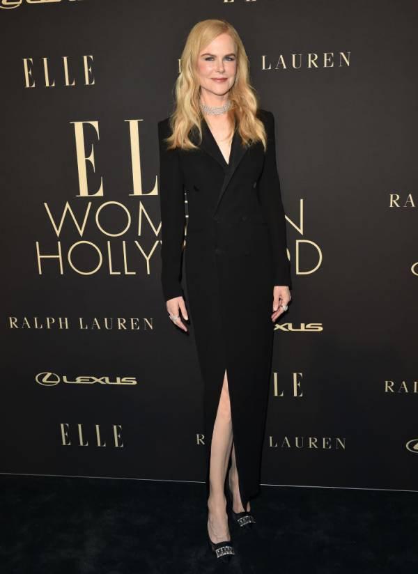 Nicole Kidman com calçados da marca Sergio Rossi