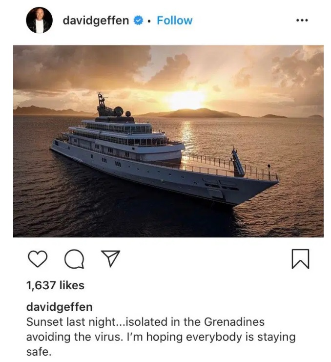 Post de foto de um iate no Instagram