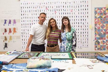 Alfredo Orobio, Marilia Biasi e Margherita Missoni em estúdio