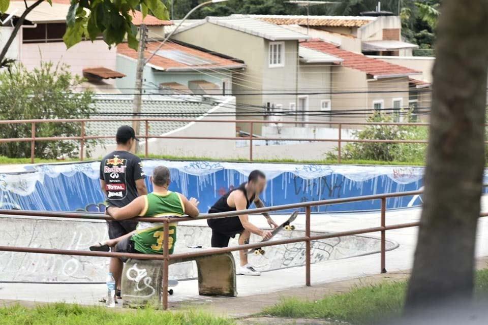 Parte da população de Águas Claras continua a desobedecer recomendação de isolamento social