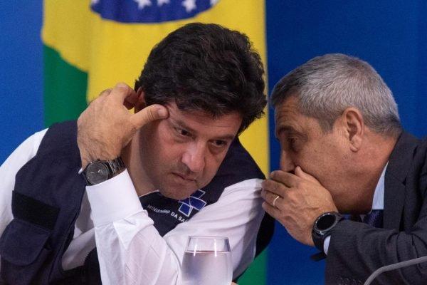 Ministros Luiz Henrique Mandetta e Braga Netto