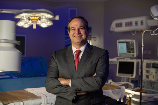 Oncologista Paulo Hoff