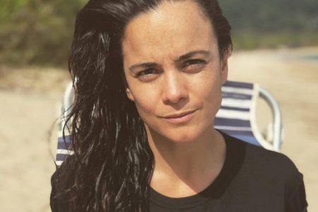 A atriz Alice Braga no Instagram