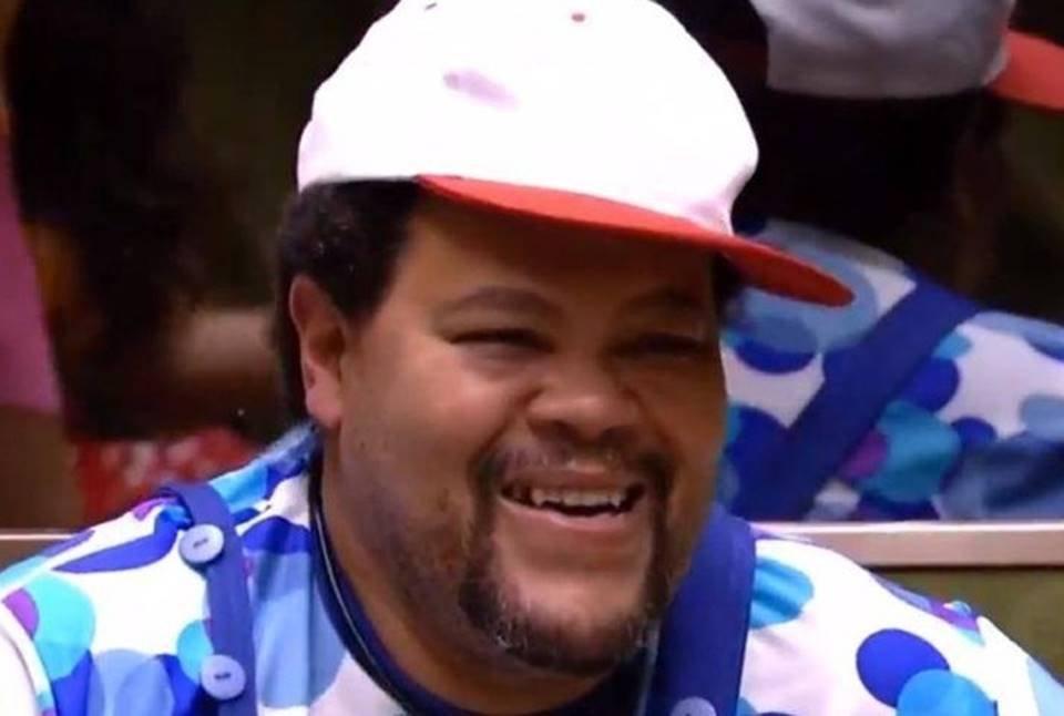 Babu Santana de criança na festa Parquinho, do BBB20