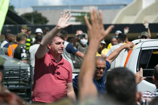 Bolsonaro-carreata