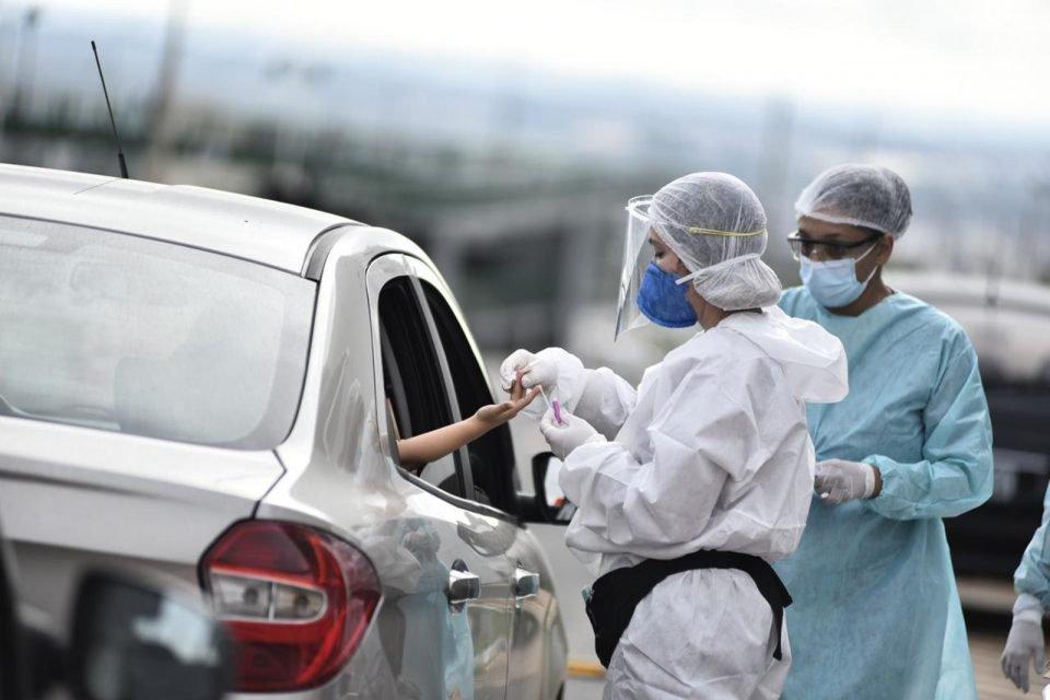 Bombeiros e servidores da Saúde fizeram os exames para identificação do coronavírus