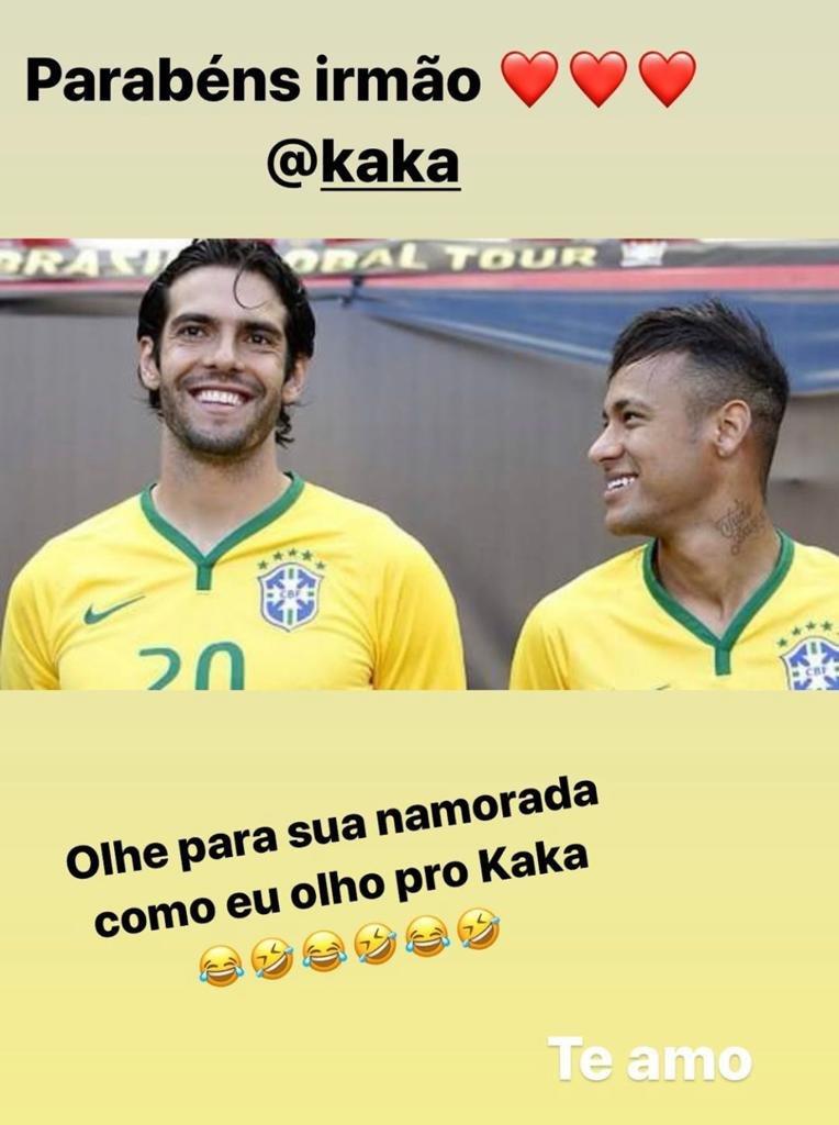Neymar e Kaká pela Seleção Brasileira