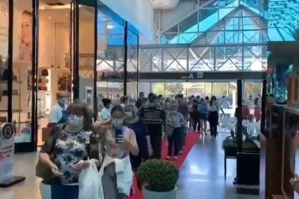 Reabertura de shopping em Blumenau