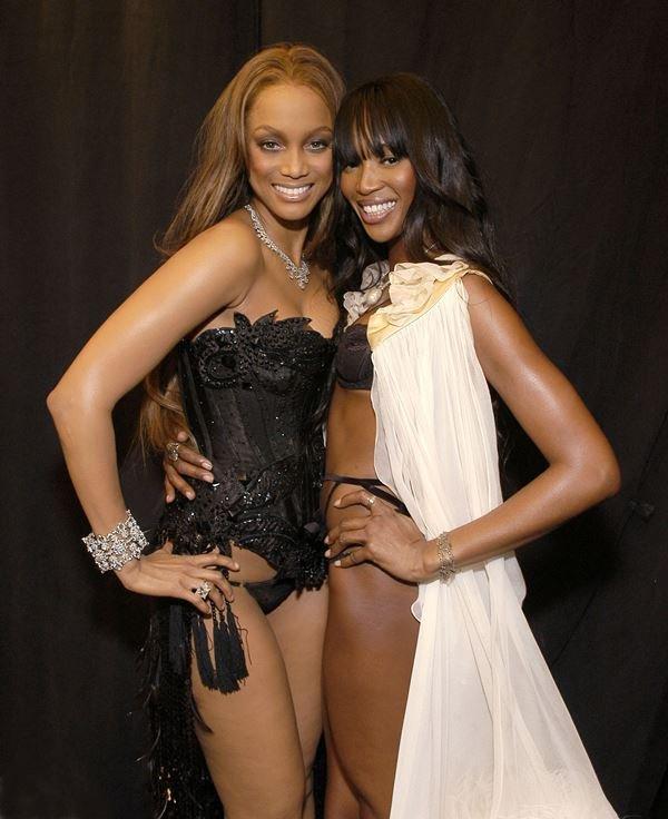 Tyra Banks e Naomi Campbell