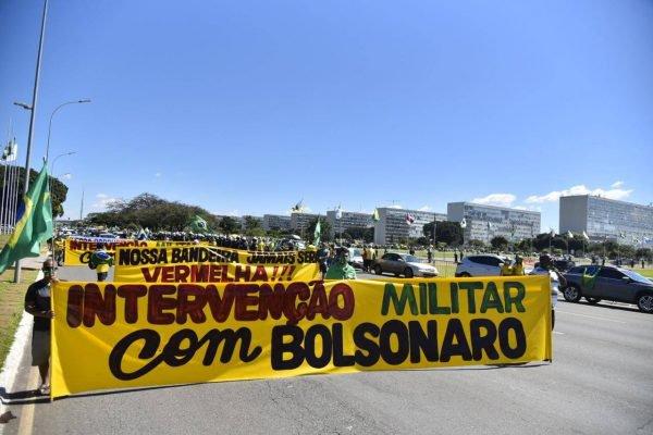 ato pró-Bolsonaro na Esplanada