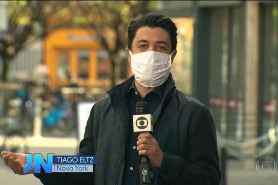 repórteres da globo usam máscara em frente às câmeras