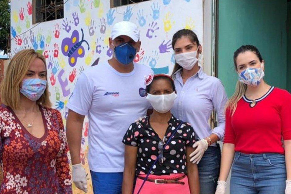 Voluntários da ação Panelinhas Solidárias