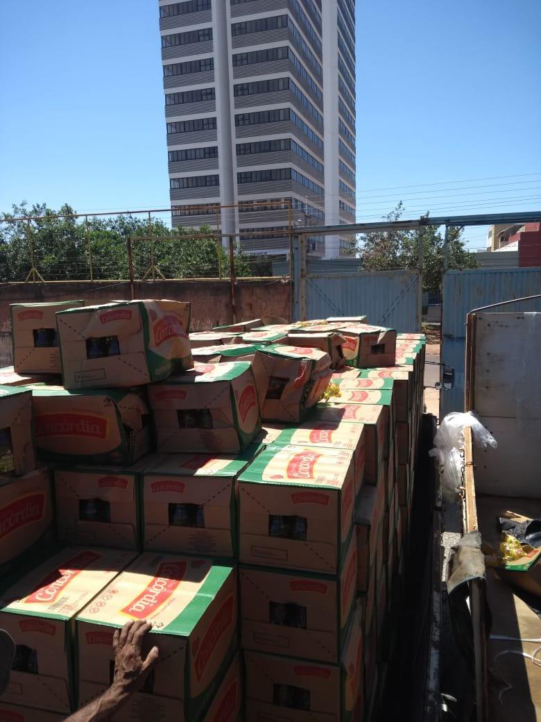 caixas empilhadas