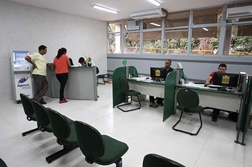 Sala interna atendimento Agencia do Trabalhador no Guará