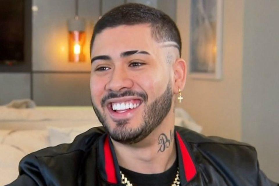 Kevinho sorrindo