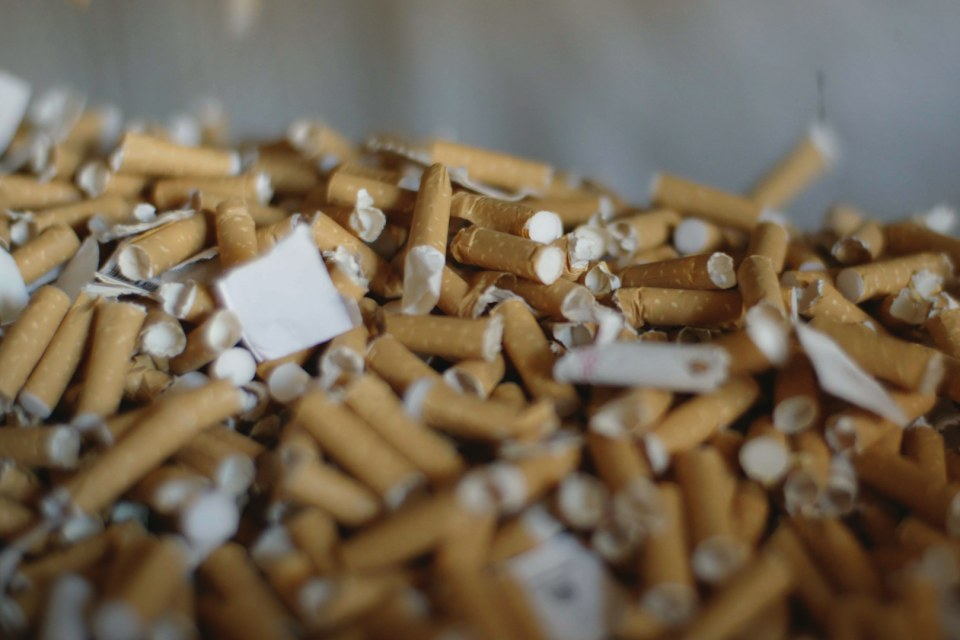documentário cigarro do crime