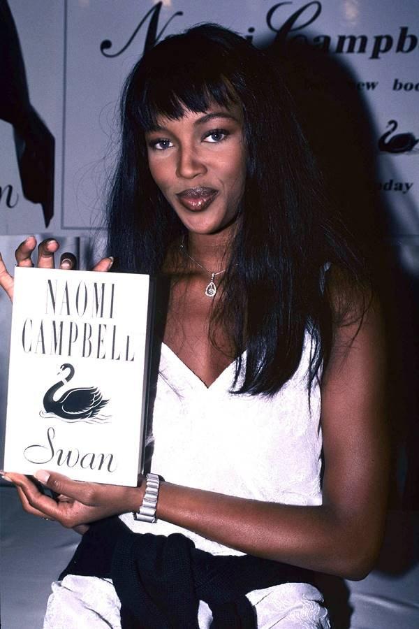 Naomi Campbell no lançamento do livro Swan, en 1994
