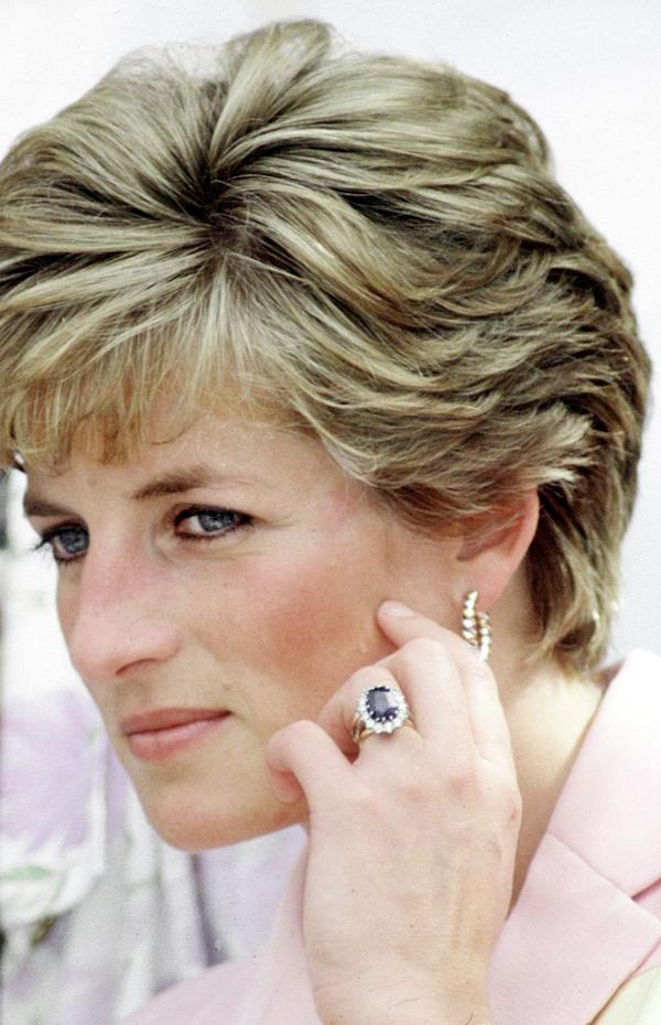 Anel de noivado princesa Diana