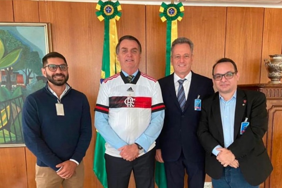 Bolsonaro e dirigentes do Flamengo