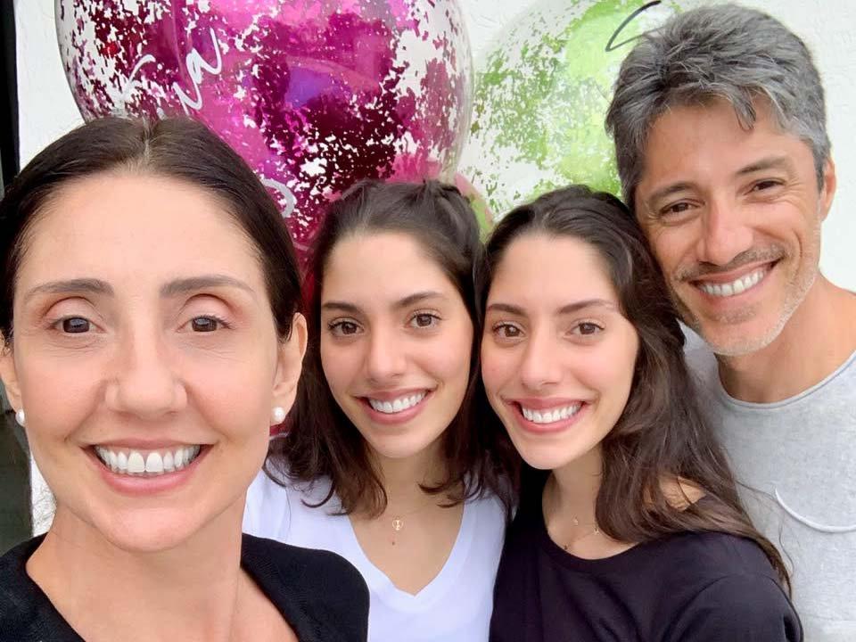 Renata Foresti, Valentina Foresti, Vittoria Foresti e Rogerio Roseo