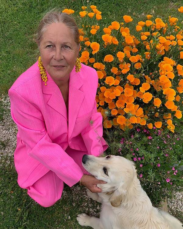 Liline Jacquemus e cachorro